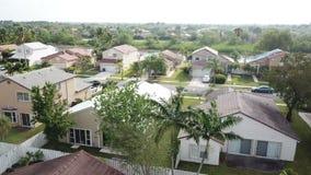 Huizen Zuid-Florida in de voorsteden stock footage