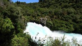 Huka tombe dans Taupo Nouvelle-Zélande clips vidéos