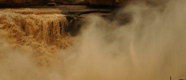 Hukou vattenfall (kokkärlutloppsrörnedgångar) Arkivbilder