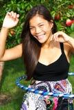 hula обруча девушки Стоковое Фото