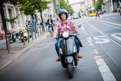 Hulajnoga kierowca w ulicach Berlin Obraz Stock