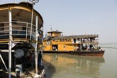 Hularhat,孟加拉国, 2017年2月27日:火箭队-一艘古老明轮船 库存图片