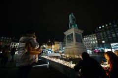 Hulde die na de van de aanvallenparijs van Parijs aanvallen af worden opgemaakt Royalty-vrije Stock Fotografie