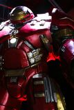 Hulk Buster κοστούμι ατόμων σιδήρου στην άκαμπτη βάση του Tony Στοκ φωτογραφίες με δικαίωμα ελεύθερης χρήσης