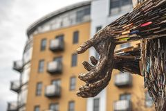 HULL, ENGELAND - MAART TWEEDE, 2019: Een Engel uit messen wordt gemaakt bevindt zich in Hull dat stock foto's