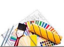 Hulpmiddelen en kleurengids op wit Stock Afbeeldingen