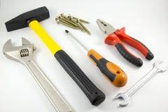 Hulpmiddelen voor bouw en reparatie op een witte achtergrond Stock Foto's
