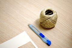 Hulpmiddelen voor een met de hand gemaakte gift Stock Foto's