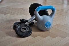 Hulpmiddelen voor huis die - Ketelklok bodybuilding Stock Afbeeldingen