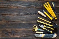 Hulpmiddelen voor reparatie en bouw in geel Royalty-vrije Stock Afbeelding
