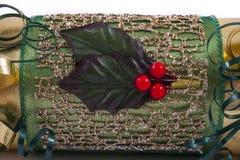 Hulst en Bessen op een Kerstmiscracker Stock Fotografie