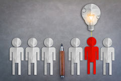 HUMAN PAPER CUT WITH LIGHT BULB BUSINESS IDEAS CONCEPT Stock Photography