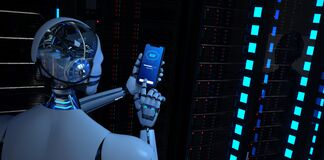 Free Humanoid Robot Smartphone Data Center Backup Stock Photo - 188715870