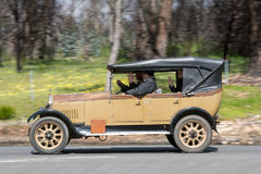 1926 Humber 9/20 οδήγηση Tourer στη εθνική οδό Στοκ εικόνα με δικαίωμα ελεύθερης χρήσης
