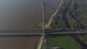 Humber bro, enkel spännviddupphängningbro stock video