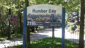 Humber zatoki deptaka parka znaka deska zdjęcia stock