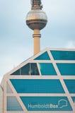 Humboldt-Casella e Fernsehturm a Berlino Immagine Stock Libera da Diritti