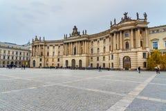 Humboldt-Universität auf Bebelplatz Ehemalige königliche Bibliothek, jetzt Sitz der juristischer Fakultät berlin deutschland lizenzfreie stockfotografie