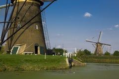 Humedales alrededor de los molinoes de viento de Kinderdjk, Dordrecht, Países Bajos Foto de archivo libre de regalías