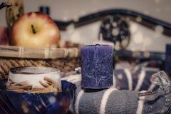 Humeur de Noël, décoration de table, bougie Images libres de droits