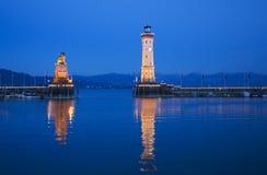 Humeur de soirée au port de Lindau Photographie stock libre de droits