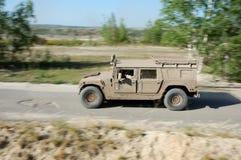 Hummer H1 en la acción Fotos de archivo libres de regalías