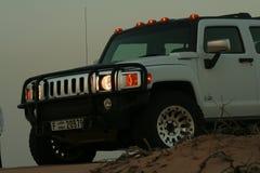 Hummer H3 in Woestijn Stock Afbeelding