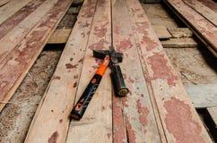 Hummer sul vecchio pavimento di legno Immagine Stock Libera da Diritti