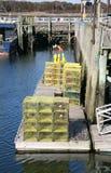 Hummerfällor på skeppsdockan Arkivfoto