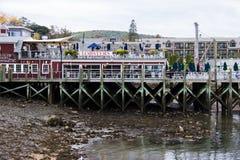 Hummerrestaurang i stånghamnen Maine royaltyfri bild