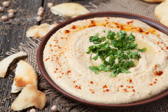 Hummus,健康黎巴嫩传统乳脂状的食物 免版税库存图片