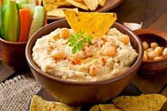 Hummus com vegetais Imagem de Stock