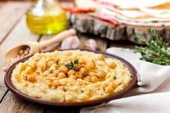Hummus con los garbanzos Foto de archivo