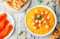 Hummus dos alecrins da abóbora imagens de stock royalty free