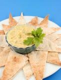 Hummus en pitabroodje Stock Foto's