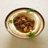 Hummus med shawarma Royaltyfri Fotografi