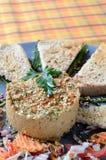 Hummus met Franse toost Stock Afbeelding