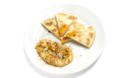 Hummus och pitabröd Royaltyfria Bilder