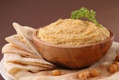 Hummus and pita Royalty Free Stock Photos