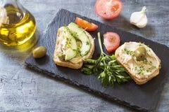 Hummus sandwiches stock photography