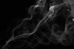 Humo blanco en fondo negro fotografía de archivo