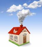 Humo de la producción de la casa de la chimenea stock de ilustración