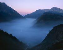 Humo del incendio forestal, parque nacional de glaciar Imagenes de archivo