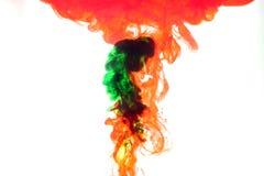 Humo rojo y verde. Foto de archivo libre de regalías