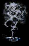 Humo venenoso del cigarrillo Foto de archivo libre de regalías