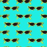 Humor de Popart del modelo inconsútil con las gafas de sol exhaustas de la mano retra libre illustration