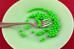 Humorystyczny dieting jedzenie na talerzu obraz stock