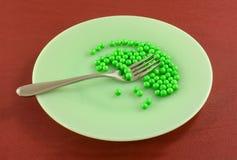 Humorystyczny dieting jedzenie na talerzu zdjęcie royalty free