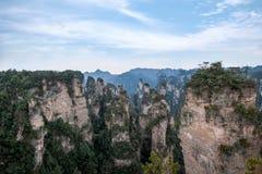 Hunan Zhangjiajie Forest Park national, la vieille magie de ` de champ de maison recueillant le ` fait une pointe Photo libre de droits