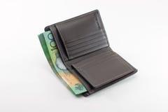 Hundert australische Dollarscheingeldbörse, lokalisiert auf weißem Hintergrund Stockfotografie
